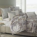 Michael Amini Bedding
